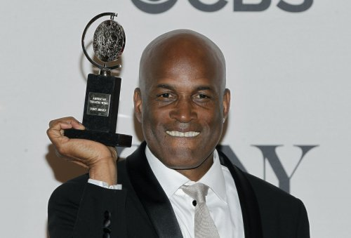 'Raisin in the Sun' wins the Tony Award for Best Revival of a Play