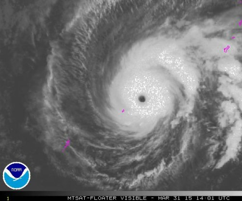 Typhoon Maysak heads for Philippines