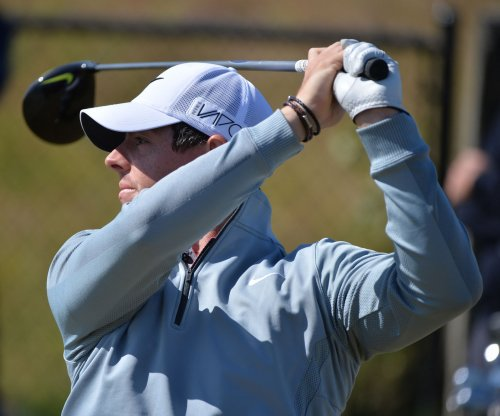 Rory pulls a LeBron at Chambers Bay