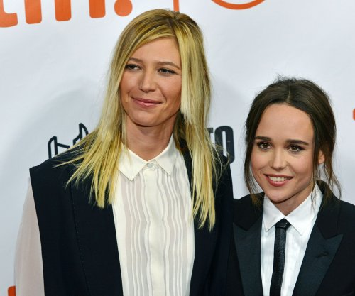 Ellen Page, girlfriend Samantha Thomas make red carpet debut