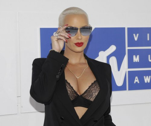 Amber Rose: I felt 'body shamed' by Julianne Hough on 'Dancing'
