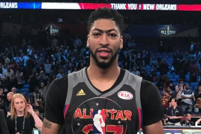 No D, lots of New Orleans Pelicans' Anthony Davis in West All-Stars' 192-182 win