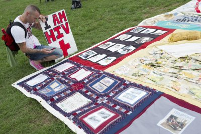 AIDS Memorial Quilt still traveling 30 years since first unfolding