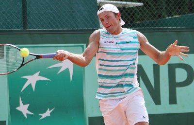 Kubot posts upset in St. Petersburg