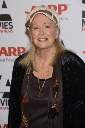 Diane Ladd to star in film 'I Dream Too Much'