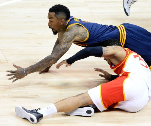 Cleveland Cavaliers guard J.R. Smith accused of choking high school student
