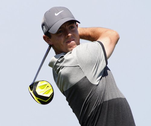 Rickie Fowler, Rory McIlroy in 5-way tie in Abu Dhabi