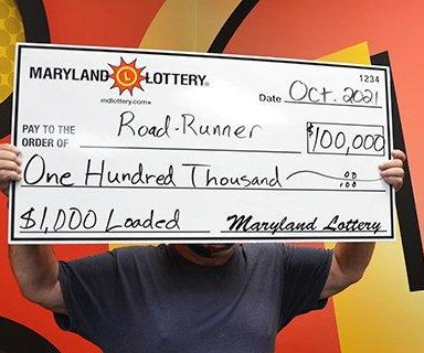 Uber driver wins $100,000 lottery prize between fares