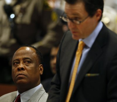 Delay sought in trial of Jackson's doctor