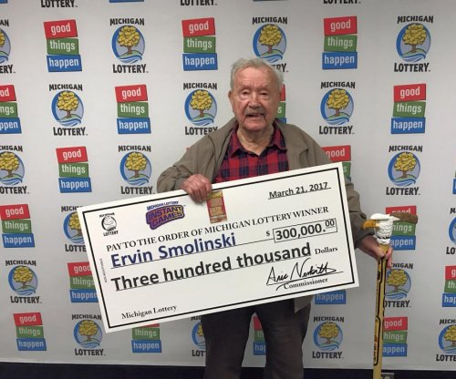 94-year-old Michigan man wins $300,000 lottery prize on his birthday