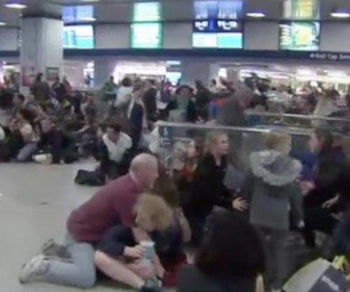 16 injured at Penn Station after stun gun causes stampede
