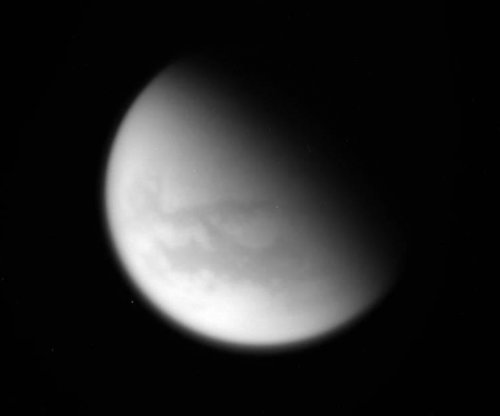 Cassini flies by Titan for the final time