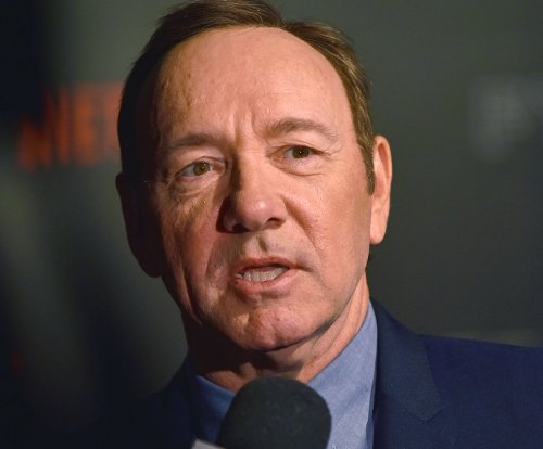 Kevin Spacey responds to sex abuse allegations, comes out as gay