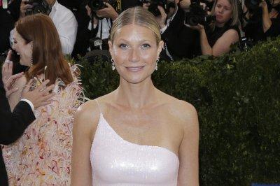 Report: Gwyneth Paltrow engaged to Brad Falchuk
