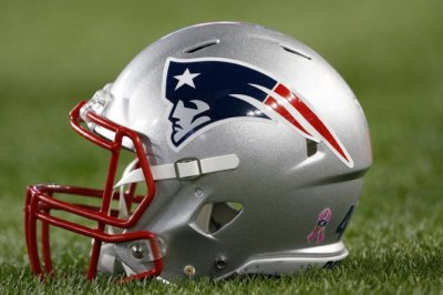 Patriots add QB, select Etling in seventh round