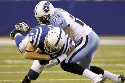 Alterraun Verner signing one-day pact to retire with Titans