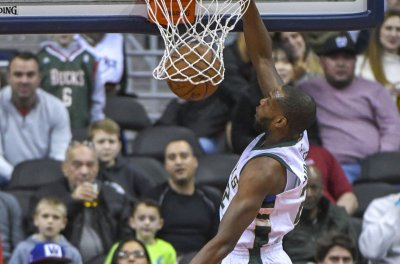 Milwaukee Bucks' Khris Middleton to become unrestricted free agent