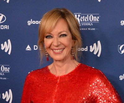 Famous birthdays for Nov. 19: Allison Janney, Meg Ryan