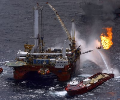 China defends oil rig position in disputed waters