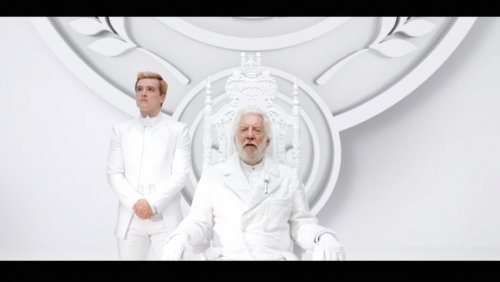 'Hunger Games': President Snow addresses Panem in creepy new teaser
