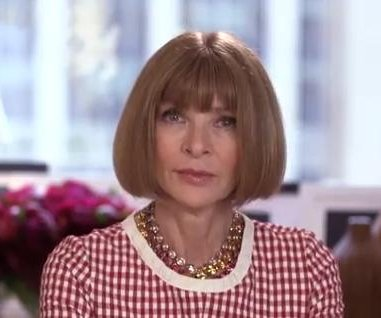 Watch Anna Wintour make Seth Meyers cry on 'Late Night'