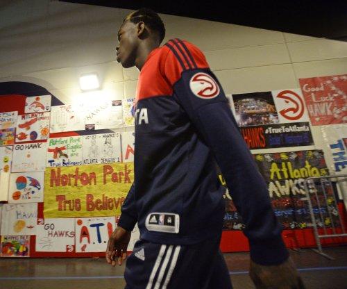 Dennis Schroder helps Atlanta Hawks stave off Phoenix Suns