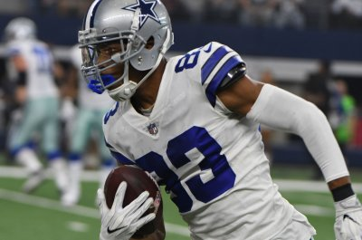 Dallas Cowboys receiver Terrance Williams recovering from broken foot