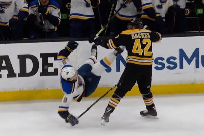 Boston Bruins' David Backes delivers crushing hit on Blues' Sammy Blais