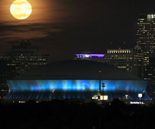 One injured as fire breaks out on roof of New Orleans Saints' Caesars Superdome