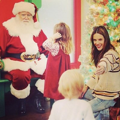 Alessandra Ambrosio visits Santa with her kids, posts picture