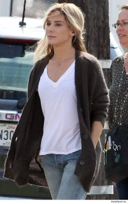Sandra Bullock goes blonde for new film 'Our Brand is Crisis'