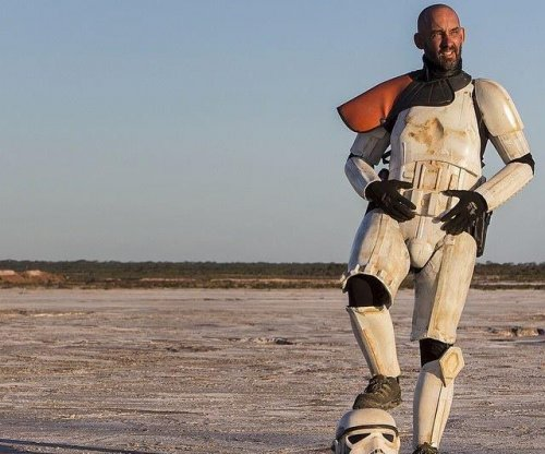 'Star Wars' stormtrooper armor blocked snake bite