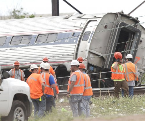 NTSB: Train traveling 106 mph at time of deadly Amtrak crash