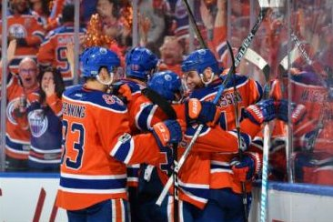Edmonton Oilers defeat San Jose Sharks on David Desharnais' OT goal