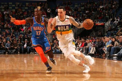 Pelicans' J.J. Redick to miss at least two weeks with hamstring injury