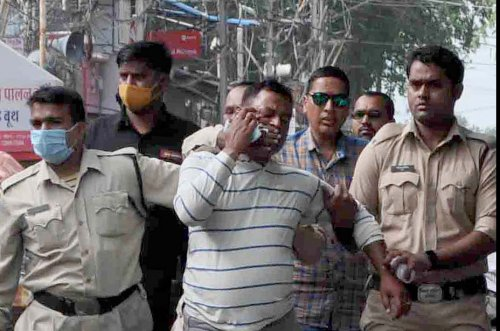 India police fatally shoot man suspected of killing 8 policemen