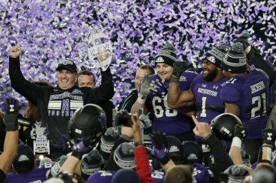 Northwestern extends contact of football coach Pat Fitzgerald through 2026