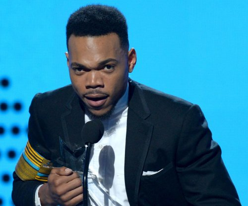 Chance the Rapper gives intimate Tiny Desk performance, covers Stevie Wonder