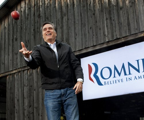 Mitt Romney announces bid for Utah's Senate seat