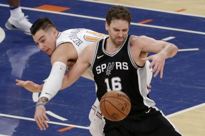 Spurs look to climb back into playoff picture against Magic