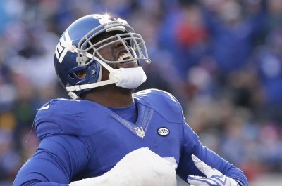 Tampa Bay Buccaneers re-sign Pro Bowl OLB Jason Pierre-Paul