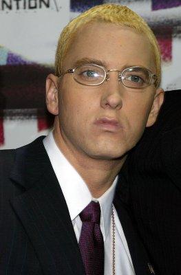 Eminem slams stars in new video