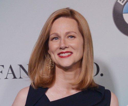 Laura Linney joins Tom Hanks in Captain Sully biopic