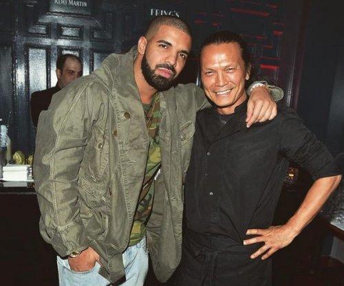 Drake opens up new restaurant in Toronto