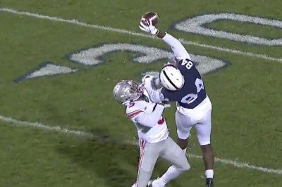 Penn State's Juwan Johnson posts crazy one-handed grab vs. Ohio State