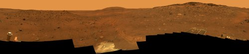 Spirit remains trapped in Martian sand
