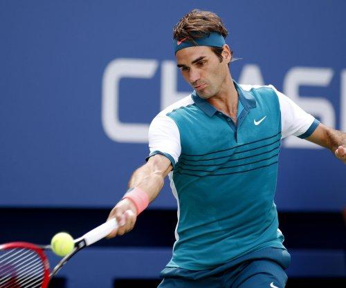 Roger Federer, Stan Wawrinka move into U.S. Open semis