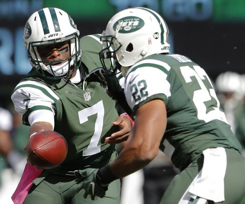 New York Jets QB Geno Smith, C Nick Mangold injured vs. Baltimore Ravens