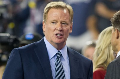 Goodell: No change expected with Redskins' name