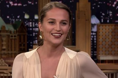 Alicia Vikander played 'Tomb Raider' to prepare for her role